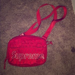REAL SUPREME FANNYPACK!